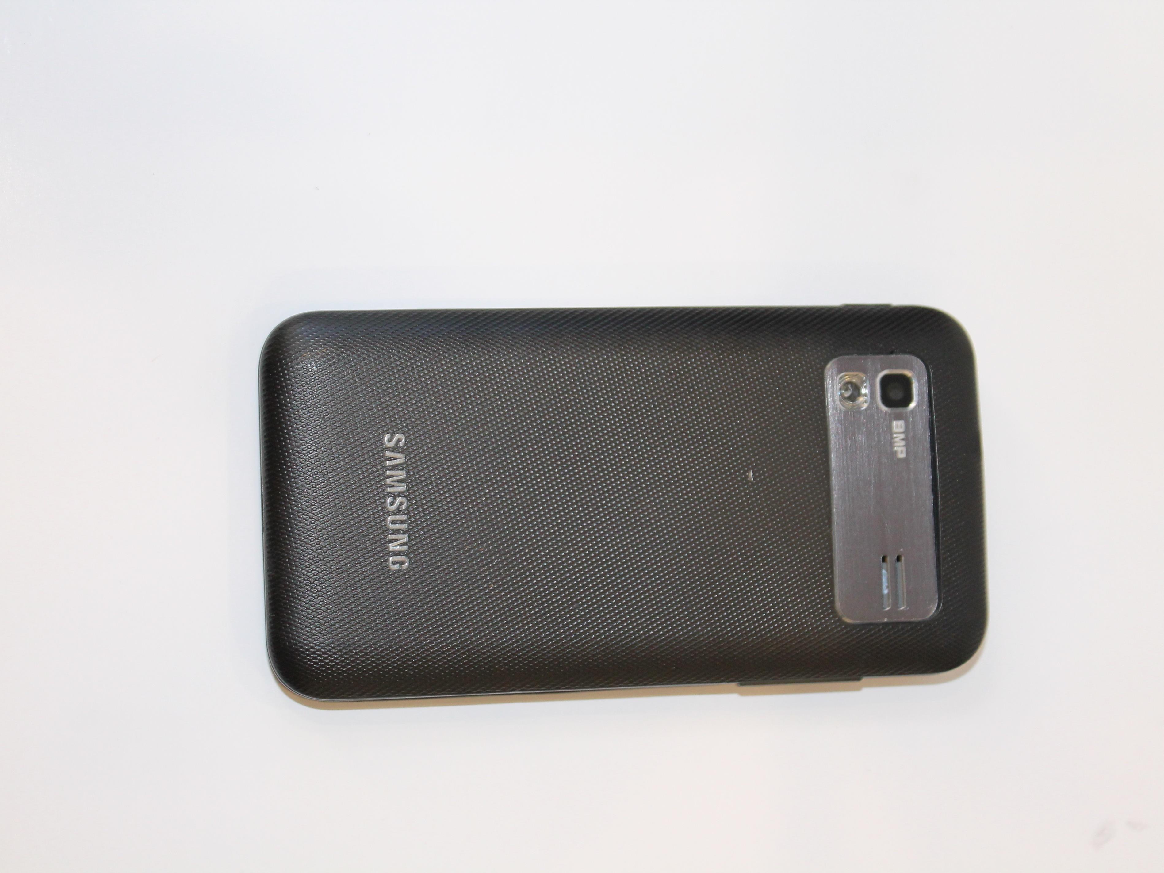 Разобрать Samsung Captivate